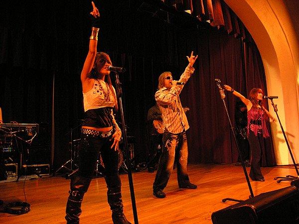 2010-10-30 Liquid Blue Band in Santa Barbara CA at Womens Club 008