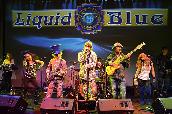 2011-01-31 Liquid Blue Band in Del Mar CA at Grand Del Mar 015