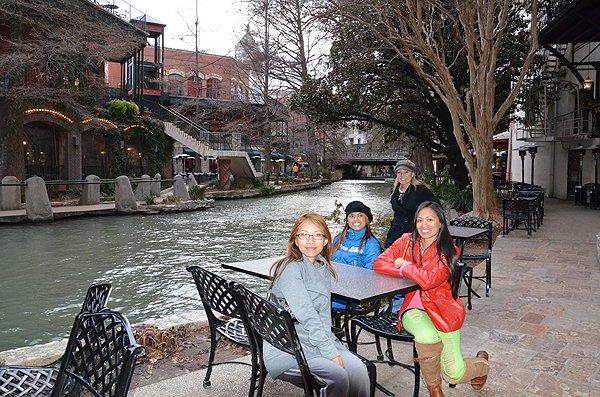 2011-02-08 Liquid Blue Band in San Antonio TX 014