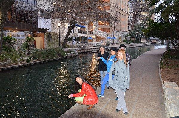 2011-02-08 Liquid Blue Band in San Antonio TX 024