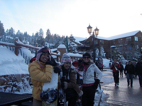 2011-02-20 Liquid Blue Band in Big Bear Lake CA 021