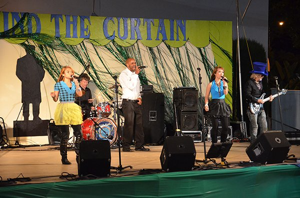 2011-04-28 Liquid Blue Band in Santa Barbara CA at Santa Barbara Fair 001