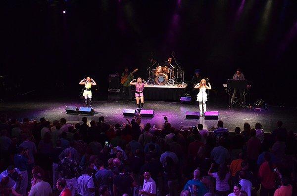 2011-06-15 Liquid Blue Band in Orlando FL at Hard Rock Live 004