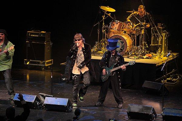 2011-06-15 Liquid Blue Band in Orlando FL at Hard Rock Live 052