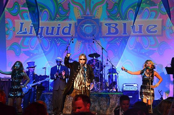 2011-08-06 Liquid Blue Band in La Jolla CA at La Jolla Beach and Tennis Club 114