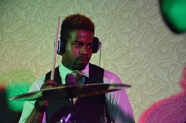2011-08-20 Liquid Blue Band in Huntington Beach at Hyatt Regency Hotel 004