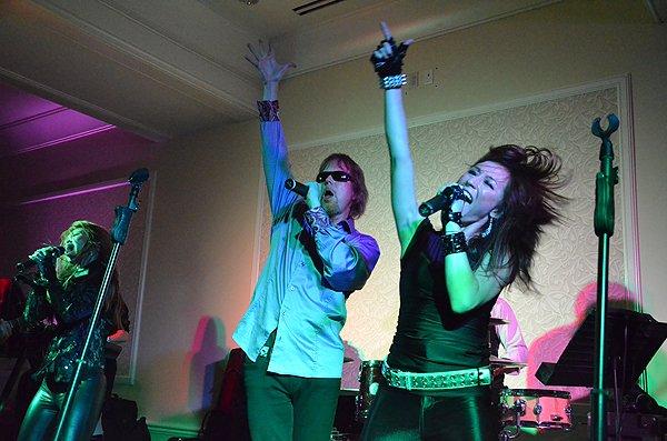 2011-08-20 Liquid Blue Band in Huntington Beach at Hyatt Regency Hotel 009