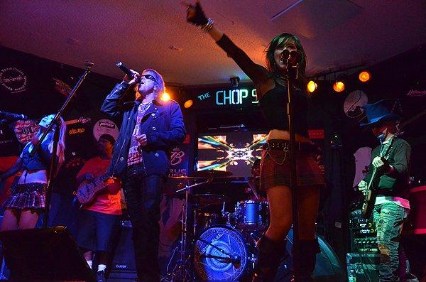 2011-09-22 Liquid Blue Band in Seabrook NH at Chop Shop Pub 001