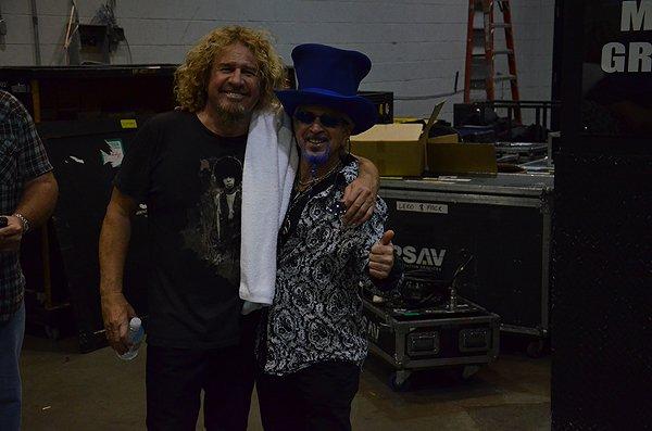 2011-11-15 Liquid Blue Band in Las Vegas NV with Sammy Hagar 005