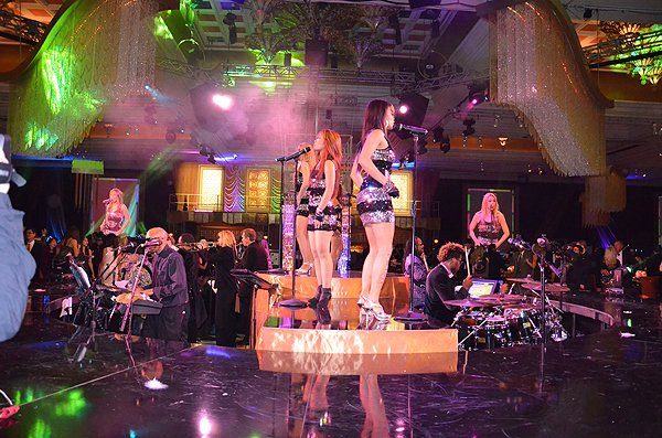 2011-12-31 Liquid Blue Band in Las Vegas NV at Wynn Resort 221
