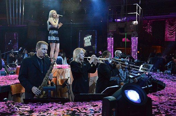 2011-12-31 Liquid Blue Band in Las Vegas NV at Wynn Resort 565