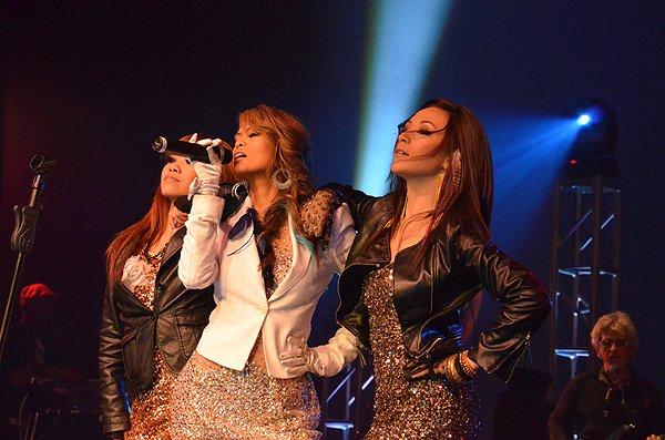 2012-01-15 Liquid Blue Band in Pasadena CA at Sexton Auditorium 041
