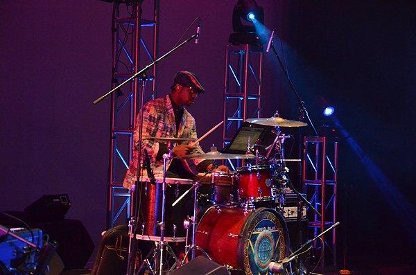 2012-01-15 Liquid Blue Band in Pasadena CA at Sexton Auditorium 068