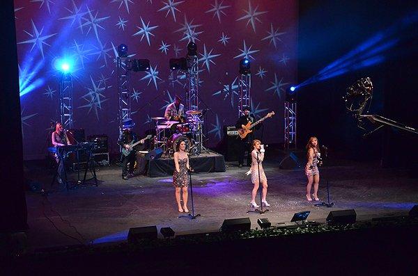 2012-01-15 Liquid Blue Band in Pasadena CA at Sexton Auditorium 099