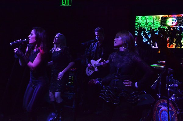 2012-02-04 Liquid Blue Band in San Diego CA at Club M 083