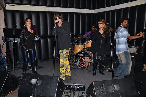 2012-02-19 Liquid Blue Band in San Diego CA at Soda Bar 002