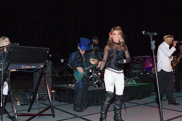 2012-02-29 Liquid Blue Band in La Quinta CA at La Quinta Resort 000
