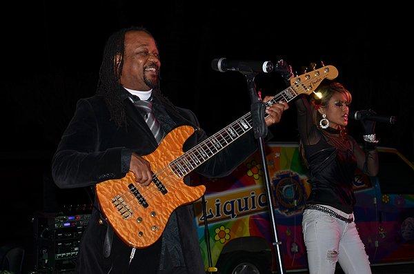 2012-02-29 Liquid Blue Band in La Quinta CA at La Quinta Resort 013