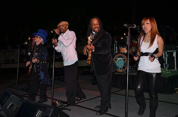 2012-02-29 Liquid Blue Band in La Quinta CA at La Quinta Resort 016