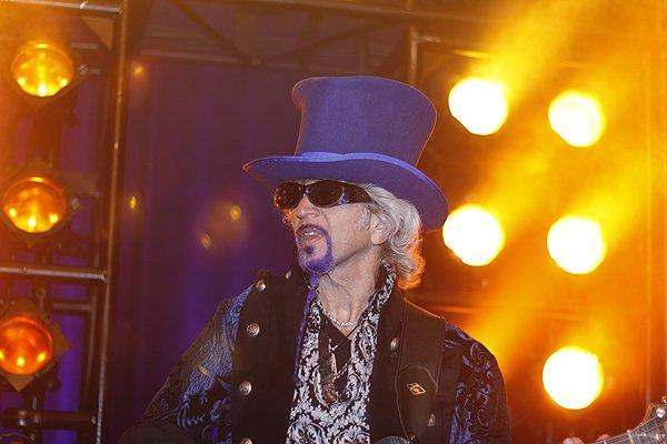 2012-04-13 Liquid Blue Band in San Diego CA at Hyatt Hotel 082