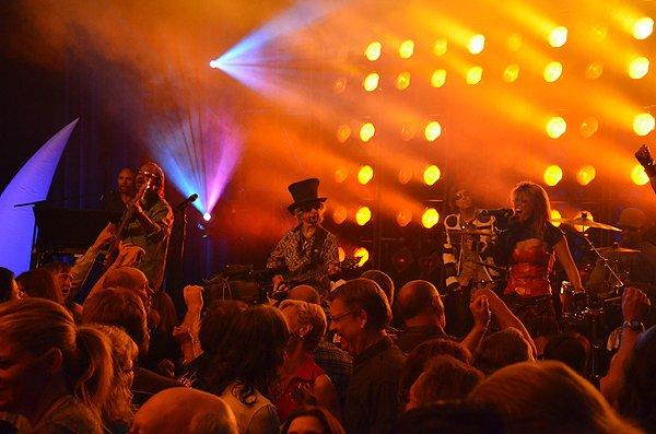 2012-04-13 Liquid Blue Band in San Diego CA at Hyatt Hotel 739