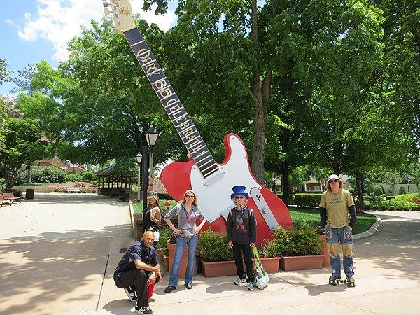 2012-05-09 Liquid Blue Band in Nashville TN 1