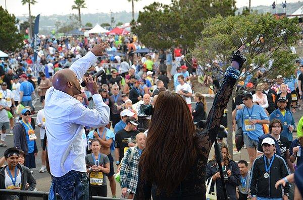 2012-06-03 Liquid Blue Band in San Diego CA at Rock and Roll Marathon 067