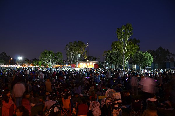 2012-07-03-Liquid-Blue-Band-in-Norwalk-CA-at-Norwalk-City-Hall-Lawn-054