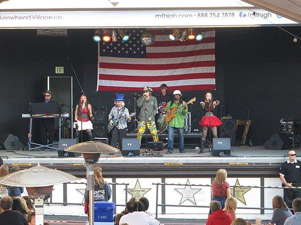 2012-07-06 Liquid Blue Band in Lake Arrowhead CA at Lake Arrowhead Village 009