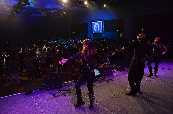 2012-07-06 Liquid Blue Band in San Diego CA at San Diego Convention Center 037