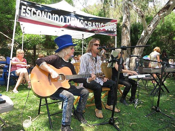 2012-08-12 Acoustic Blue in Rancho Santa Fe CA at Big Blue BBQ 016