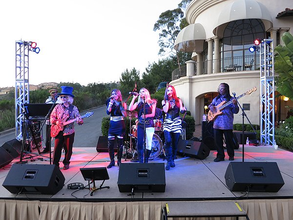 2012-08-12 Liquid Blue Band in Newport Coast CA at Pelican Hill Resort 047 002