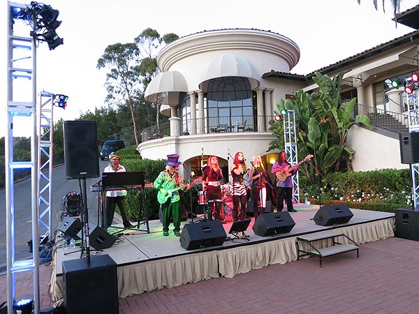 2012-08-12 Liquid Blue Band in Newport Coast CA at Pelican Hill Resort 047 005