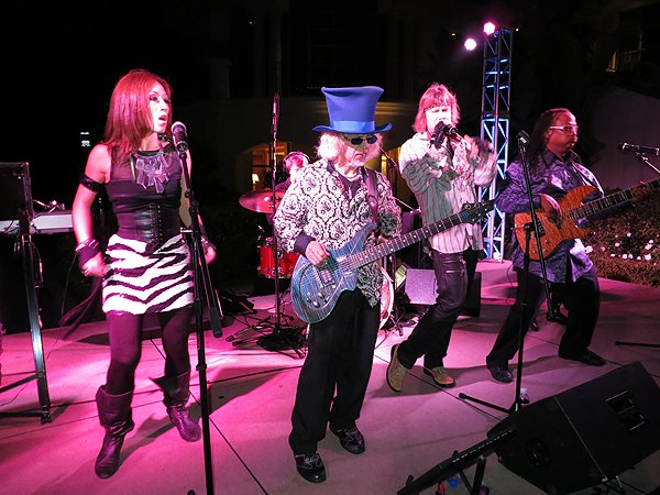 2012-08-12 Liquid Blue Band in Newport Coast CA at Pelican Hill Resort 047 034