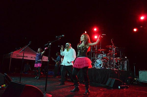 2012-08-24 Liquid Blue Band in Carlsbad CA at Kingdom at Taylor Made 043