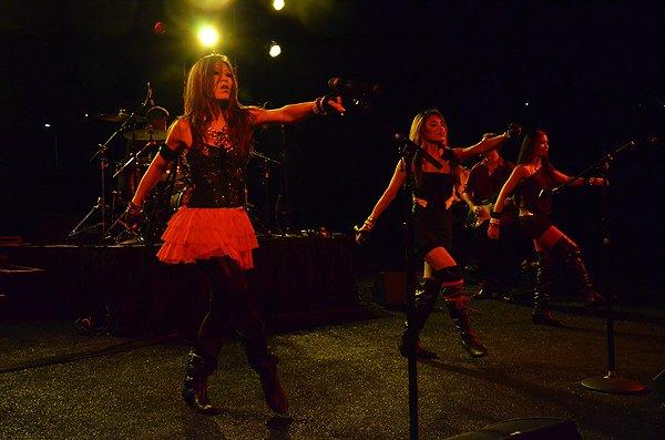 2012-08-24 Liquid Blue Band in Carlsbad CA at Kingdom at Taylor Made 065