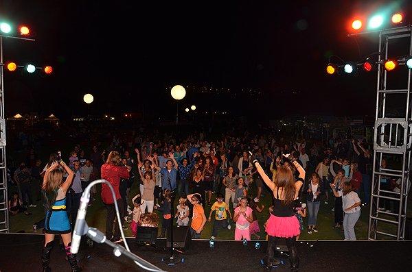 2012-08-24 Liquid Blue Band in Carlsbad CA at Kingdom at Taylor Made 084