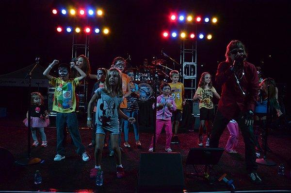 2012-08-24 Liquid Blue Band in Carlsbad CA at Kingdom at Taylor Made 101