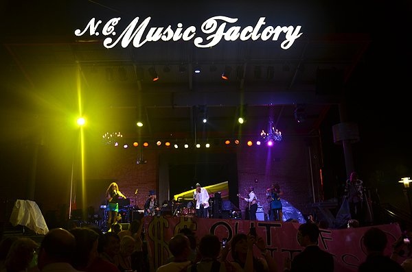 2012-09-01 Liquid Blue Band in Charlotte NC at NC Music Factory 9