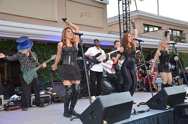 2012-09-16 Liquid Blue Band in Del Mar CA at Del Mar Fairgrounds 029