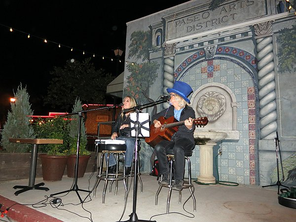 2012-10-14 Acoustic Blue in Oklahoma City OK at Sauced On Paseo 003