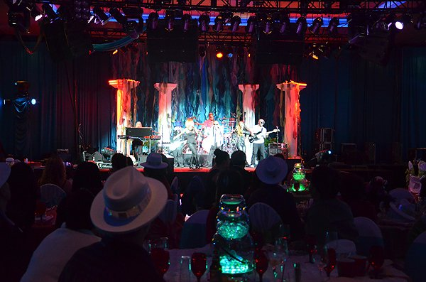 2012-12-31 Liquid Blue Band in Tulalip WA at Tulalip Casino 007