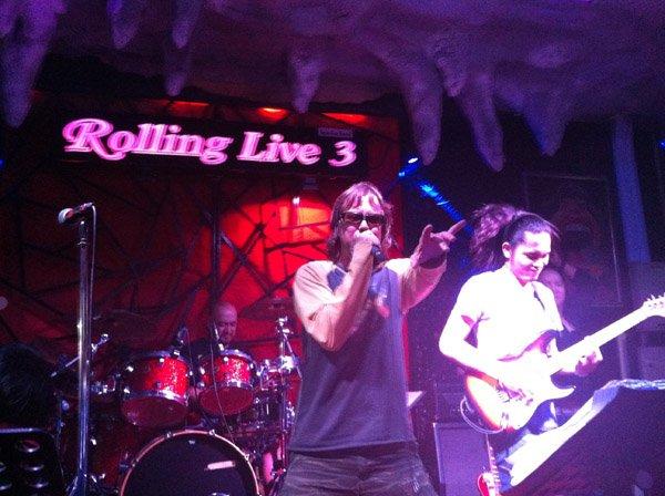 2013-02-23 Liquid Blue Band In Pattaya Thailand At Rolling Live 3 Bar 004
