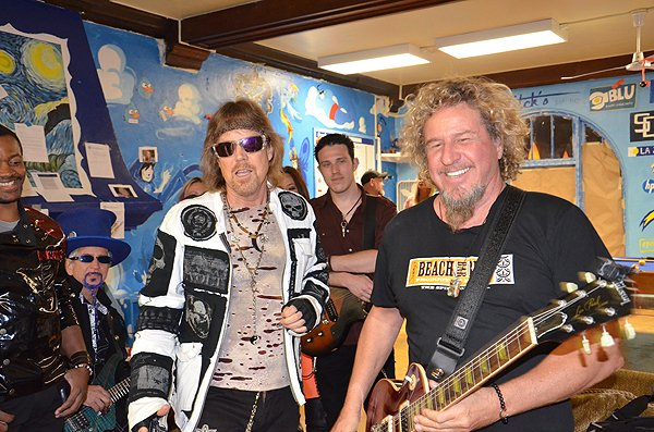 2013-04-20 Liquid Blue Band in La Jolla CA with Sammy Hagar 007
