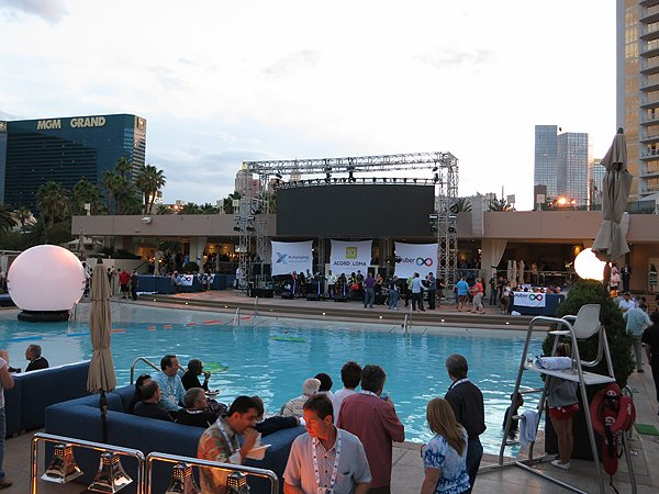 2013-05-08 Liquid Blue Band Las Vegas NV at MGM Grand 004
