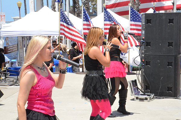 2013-05-18 Liquid Blue Band in Oceanside CA at Oceanside Pier Amphitheater 024