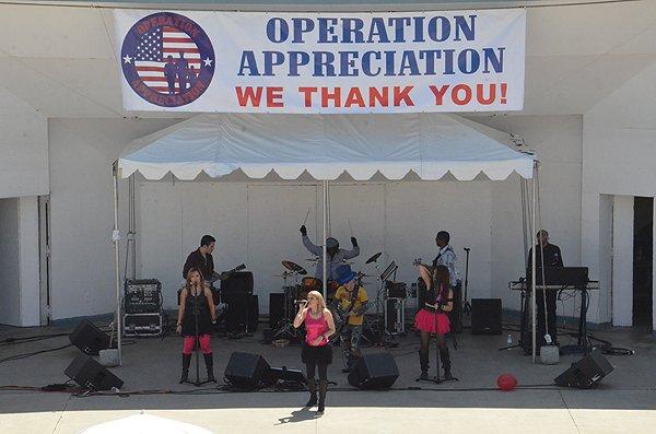2013-05-18 Liquid Blue Band in Oceanside CA at Oceanside Pier Amphitheater 078