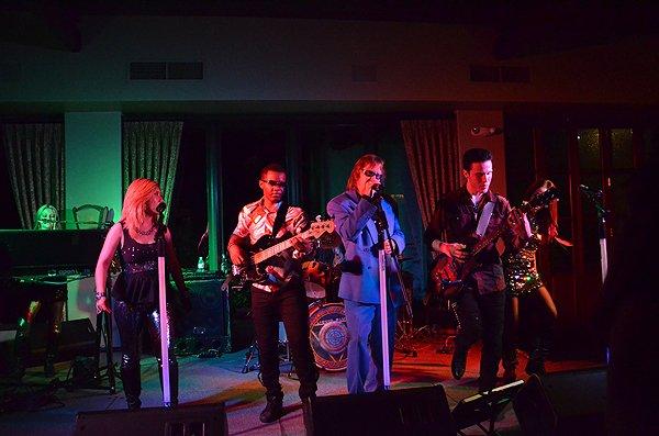 2013-05-18 Liquid Blue Band in Rancho Santa Fe CA at Fairbanks Ranch Country Club 031
