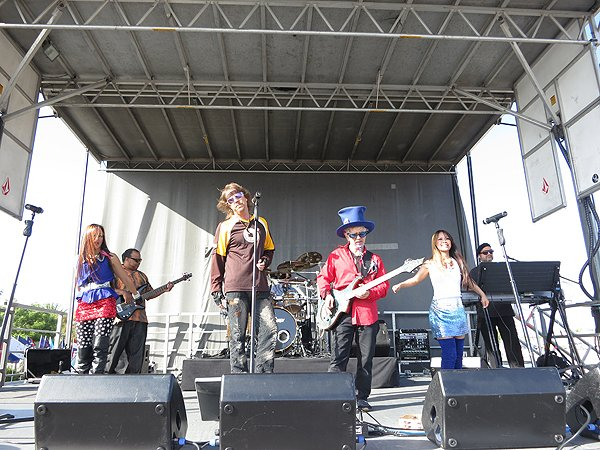 2013-05-25 Liquid Blue Band in Santee CA at Street Fair 007