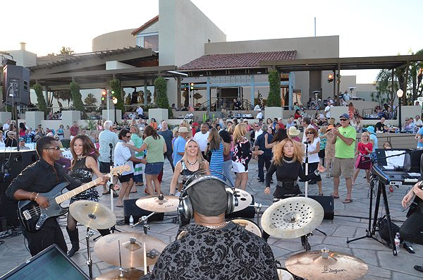 2013-06-20 Liquid Blue Band in Tustin CA at Tustin Ranch Golf Club 048